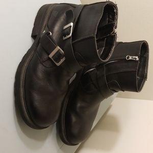 Skechers Men's Boots 10.5 Black Buckles Leather
